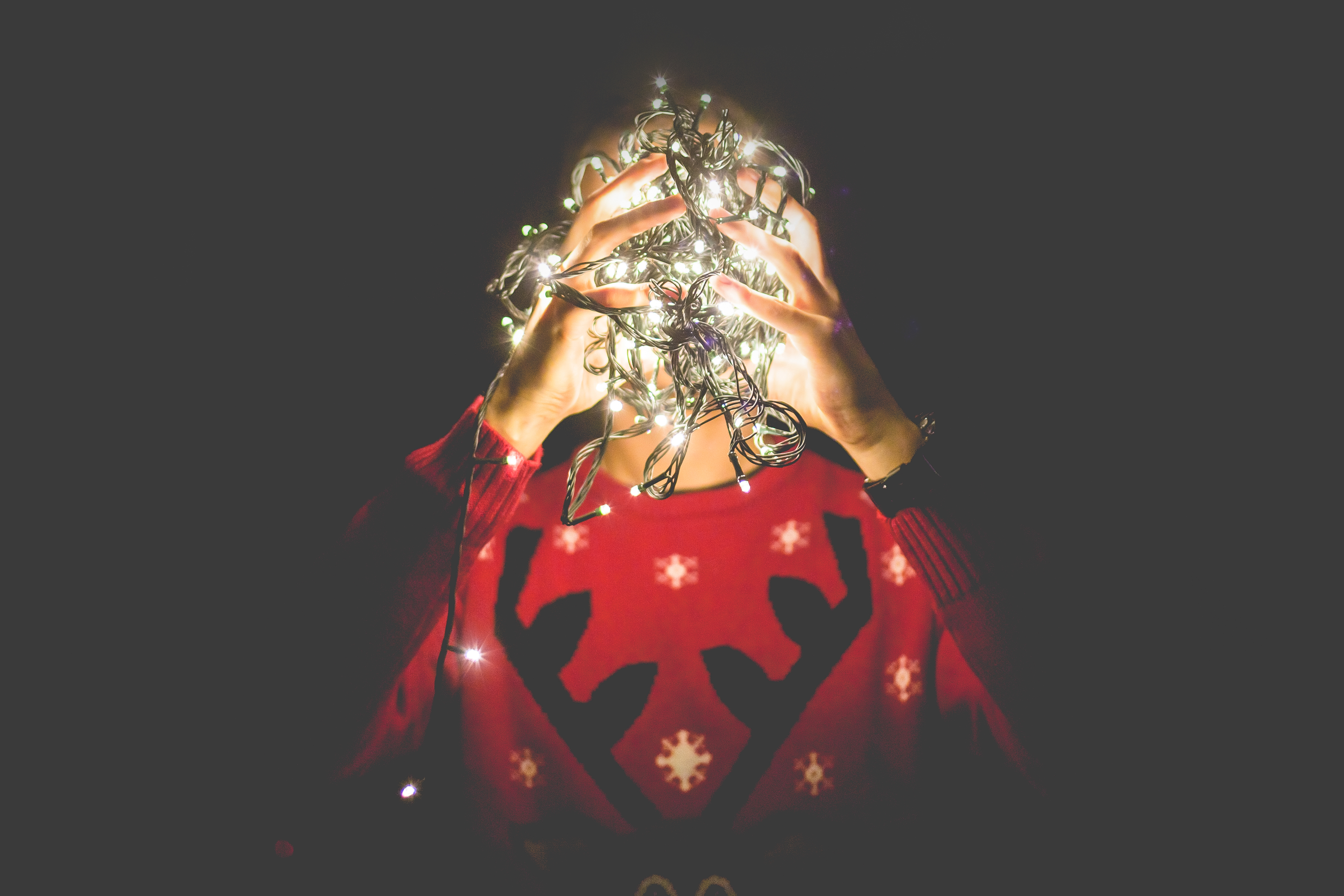 10 Ways to Survive the Holidays When You're Single